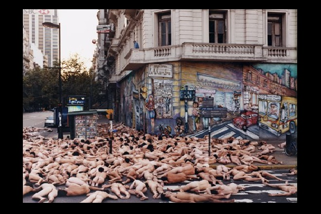 Buenos Aires - Spencer Tunick